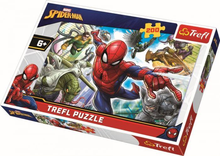 Puzzle Trefl 200 Nascut Supererou, 6 ani+