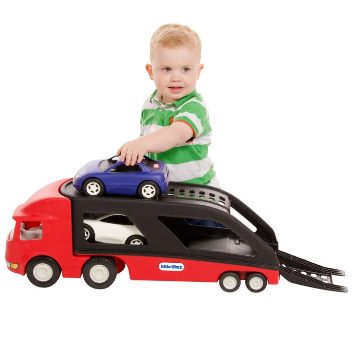 transportator masini curse camion rosu