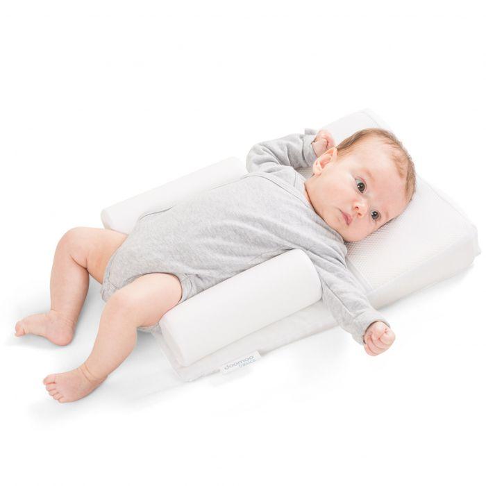 pozitionator perna inclinat bebe 30 cm doomoo basics bumbac poliester comod ideal pentru patut landou spuma poliuretanica